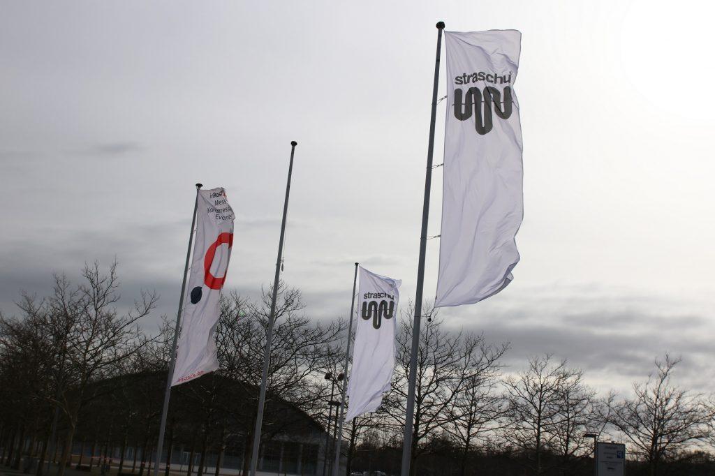 2019_Lieferantentag_Rostock_straschu_Flagge